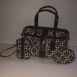 Shoulder Coach purse, with coin purse, & wristlet